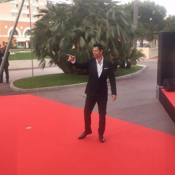 Ο Σάκης Ρουβάς στο κόκκινο χαλί των World Music AwardsΟ Σάκης Ρουβάς στο κόκκινο χαλί των World Music Awards