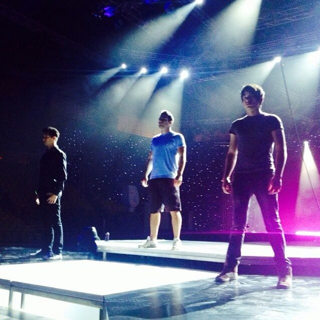 MAD VMA 2014 - Boys And Noise
