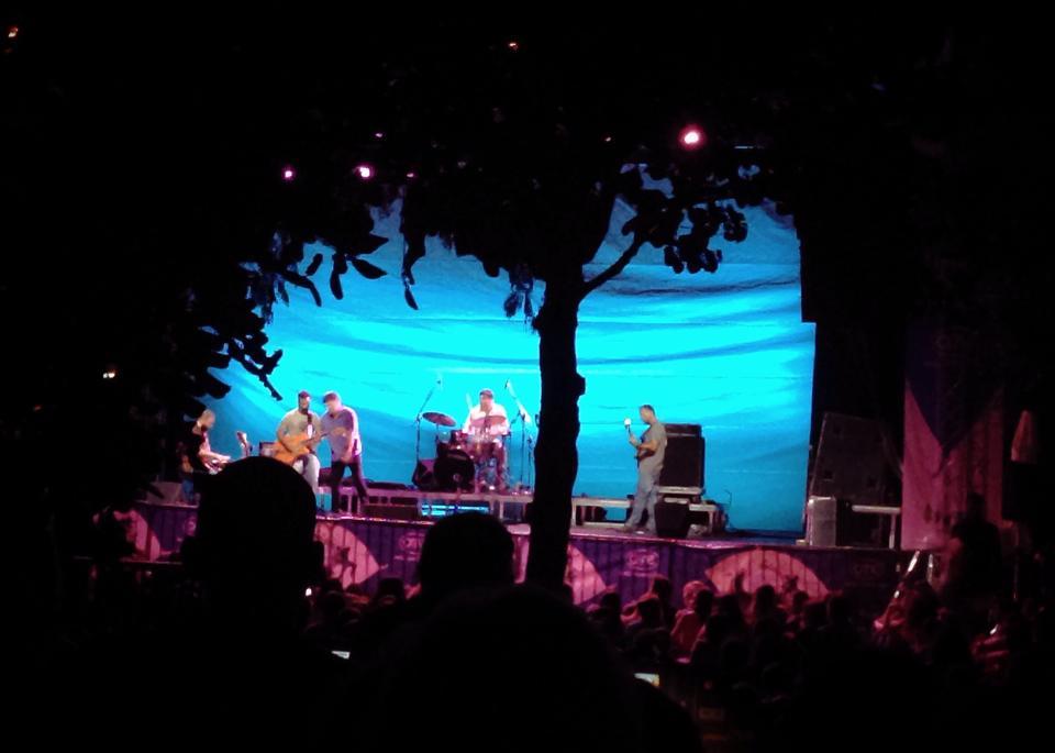 """Το GetGreekMusic βρέθηκε στη συναυλία του Φοίβου Δεληβοριά στο Μέγαρο Μουσικής με τίτλο """"Αρμένικη Βίζιτα""""."""