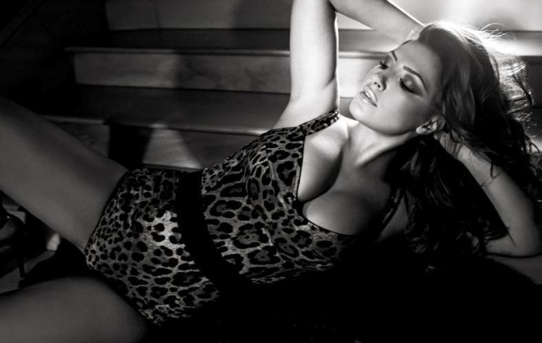 Sexy Έλενα Παπαρίζου