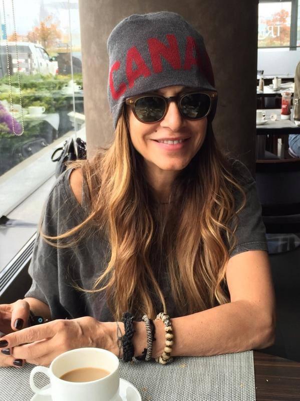 5. Τελευταία μέρα στον Καναδά για την Άννα Βίσση - 17.850 likes