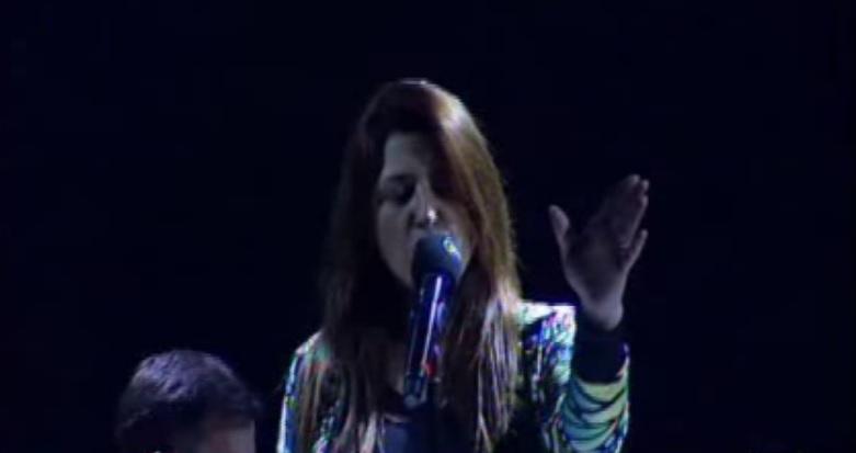 """Έκπληξη! Η Έλενα Παπαρίζου θα τραγουδήσει """"Rise Like A Phoenix"""" στην βραδιά του Ελληνικού Τελικού!"""