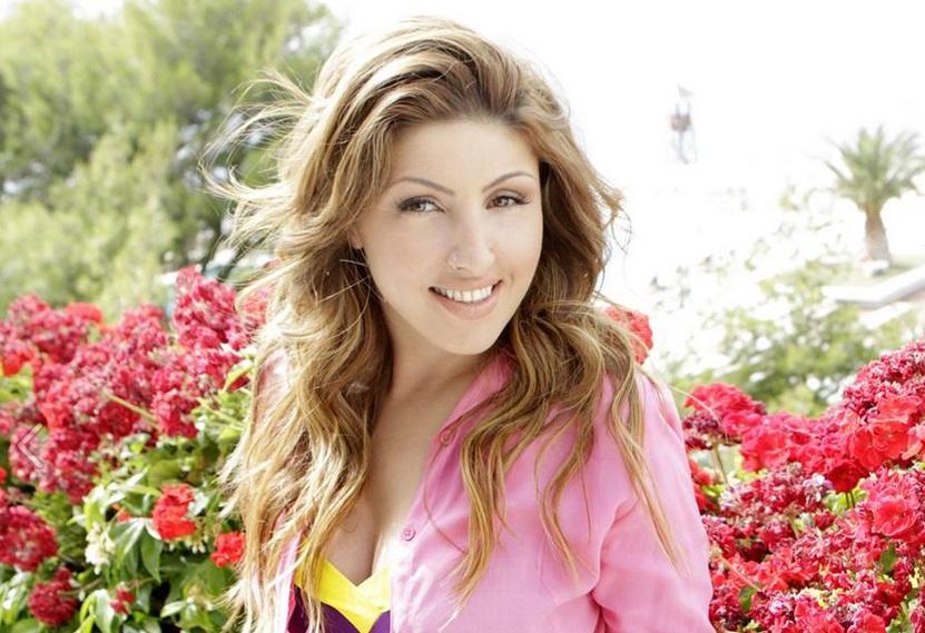 """Ο ρόλος """"έκπληξη"""" της Έλενας Παπαρίζου στη φετινή Eurovision!"""