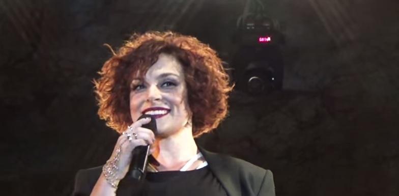 Ελεωνόρα Ζουγανέλη: Δείτε την εντυπωσιακή αλλαγή στο look της! (φωτογραφίες)
