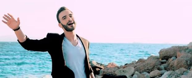 """""""Μη Σταματάς"""" - Δείτε το νέο βίντεο κλιπ του Δημήτρη Καραδήμου"""