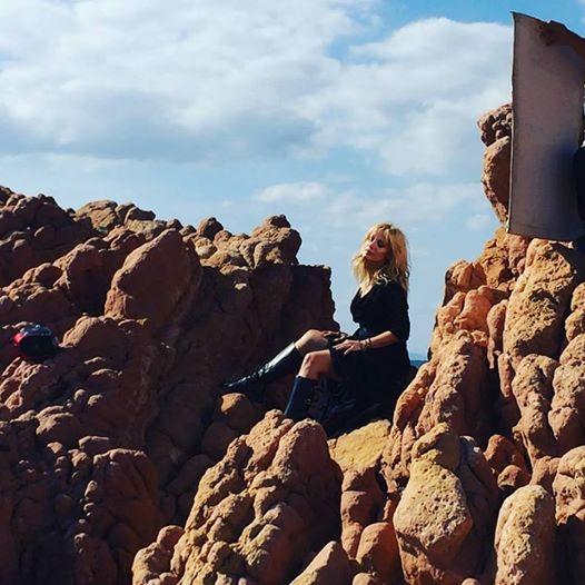 """""""Έλα Γρήγορα"""" - Δείτε φωτογραφίες από τα γυρίσματα του νέου κλιπ της Πέγκυς Ζήνα"""