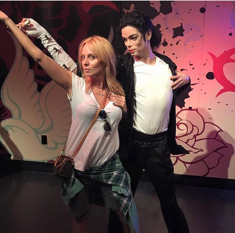 Όταν η Πέγκυ Ζήνα συνάντησε τον Michael Jackson