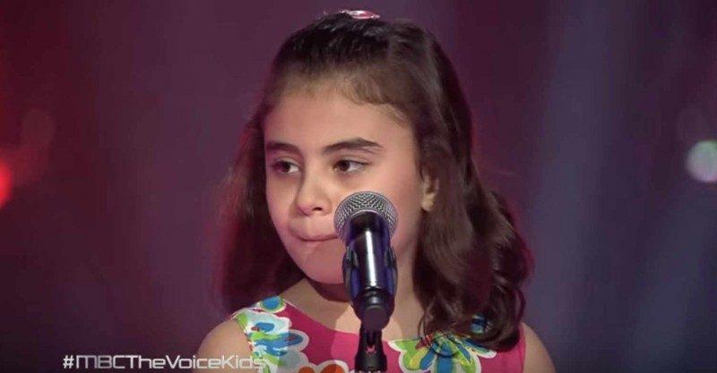 Εννιάχρονη από τη Συρία ξέσπασε σε κλάματα