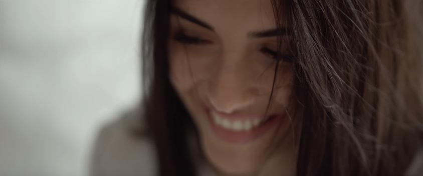 """""""Αυτή τη φορά"""" - Δείτε το νέο βίντεο κλιπ της Κατερίνας Λιόλιου"""