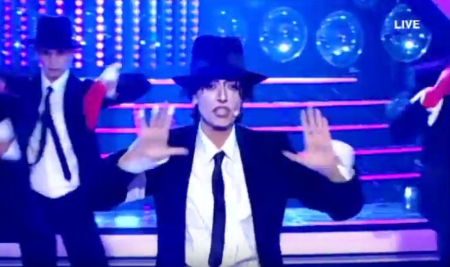 YFSF: Δείτε την Ματθίλδη Μαγγίρα ως... Michael Jackson στον τελικό του show (βίντεο)