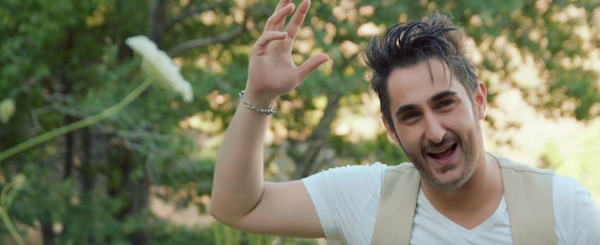 """""""Αν μ' αγαπάς"""" - Δείτε το νέο βίντεο κλιπ του Κυριάκου Κυανού"""