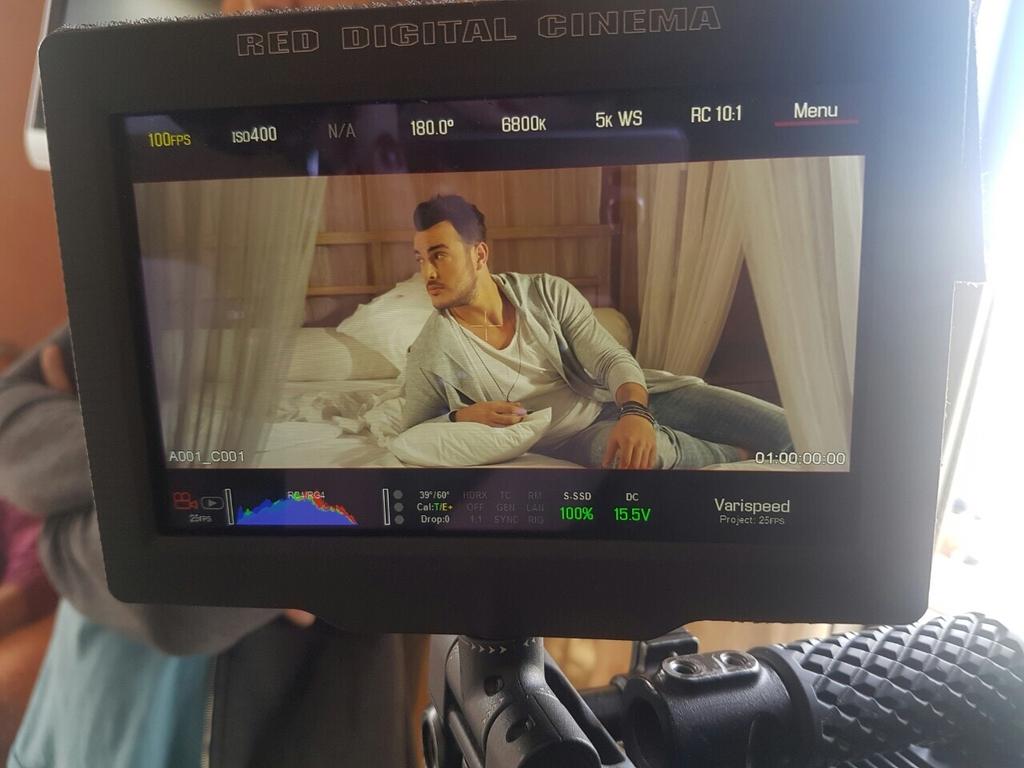 """Σάκης Αρσενίου - Backstage video clip """"Μ' ακούς"""""""