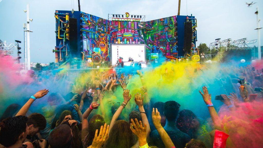 το μεγαλύτερο πάρτυ χρωμάτων